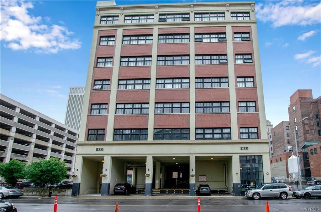 Updated 2-Bedroom Condo In Downtown Buffalo