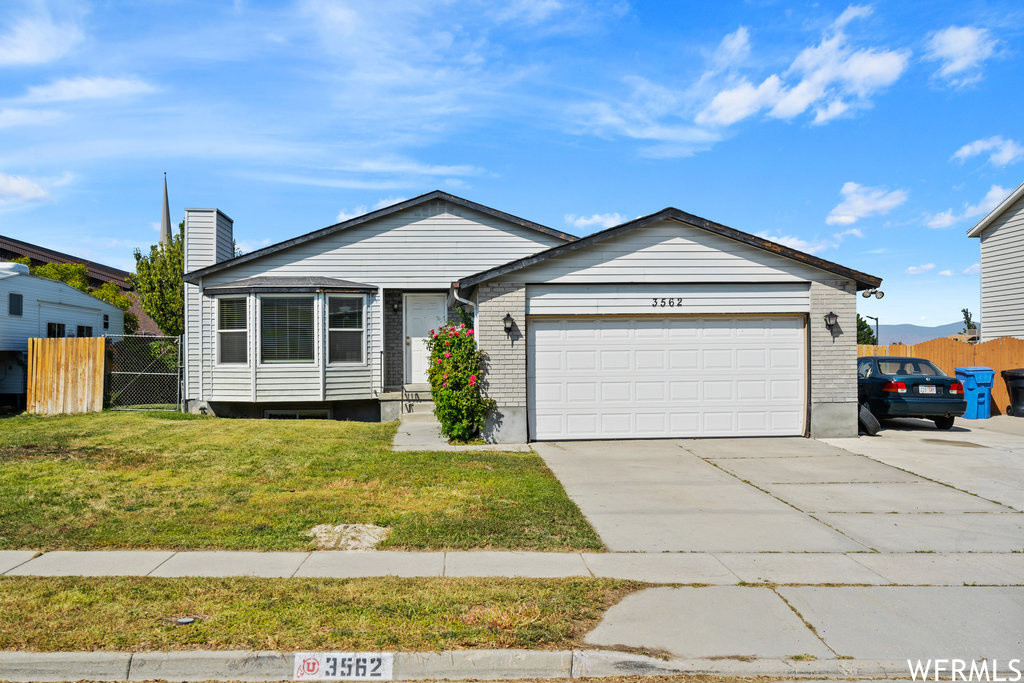 Upgraded 5-Bedroom House In Taylorsville