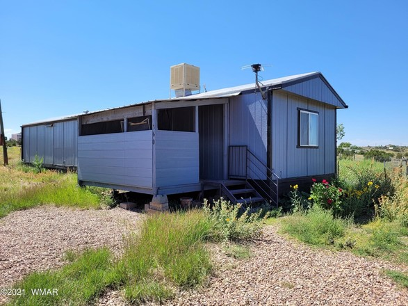 896 SqFt Mobile Home In Snowflake