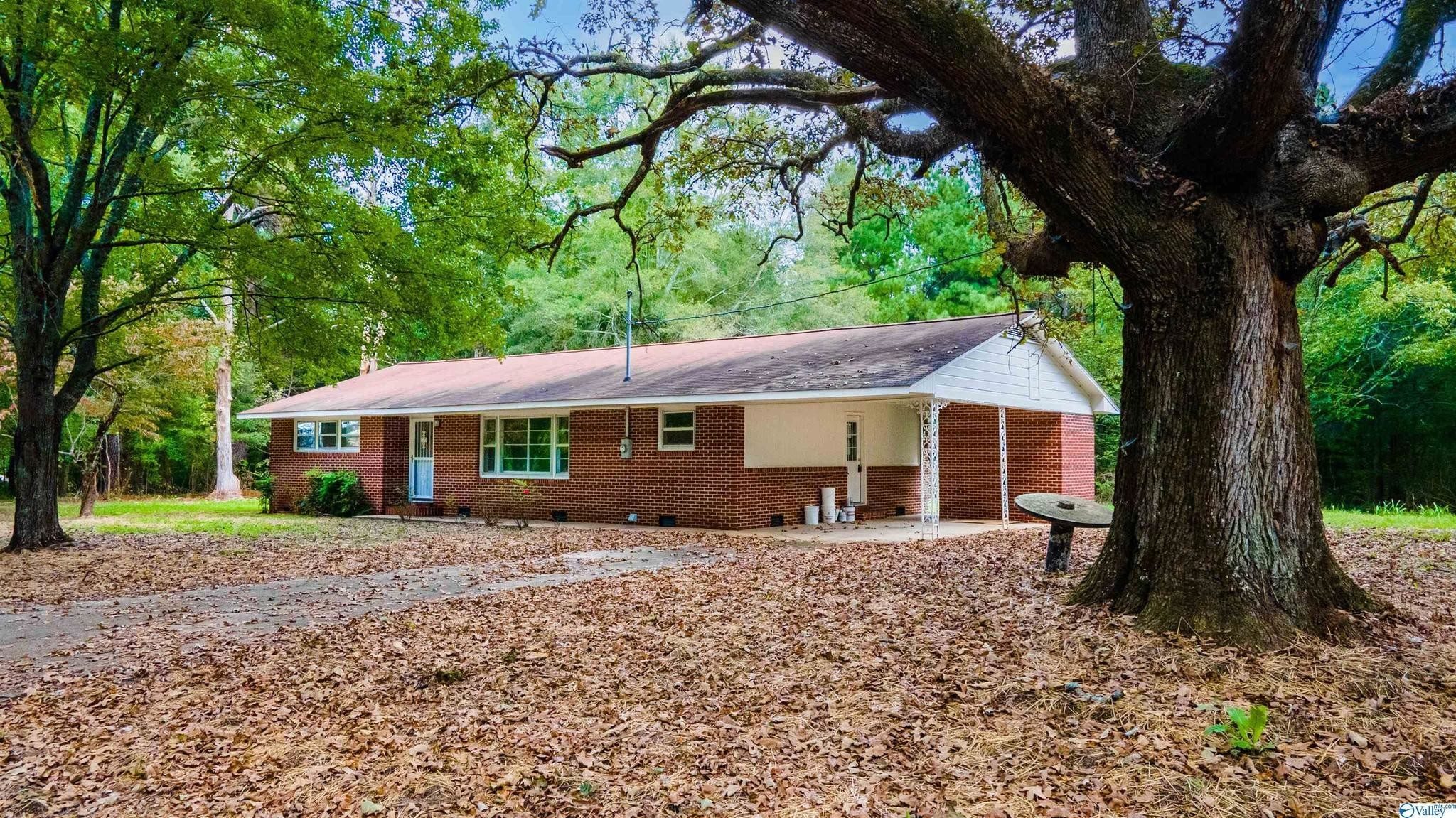 Renovated 2-Bedroom House In Rainsville