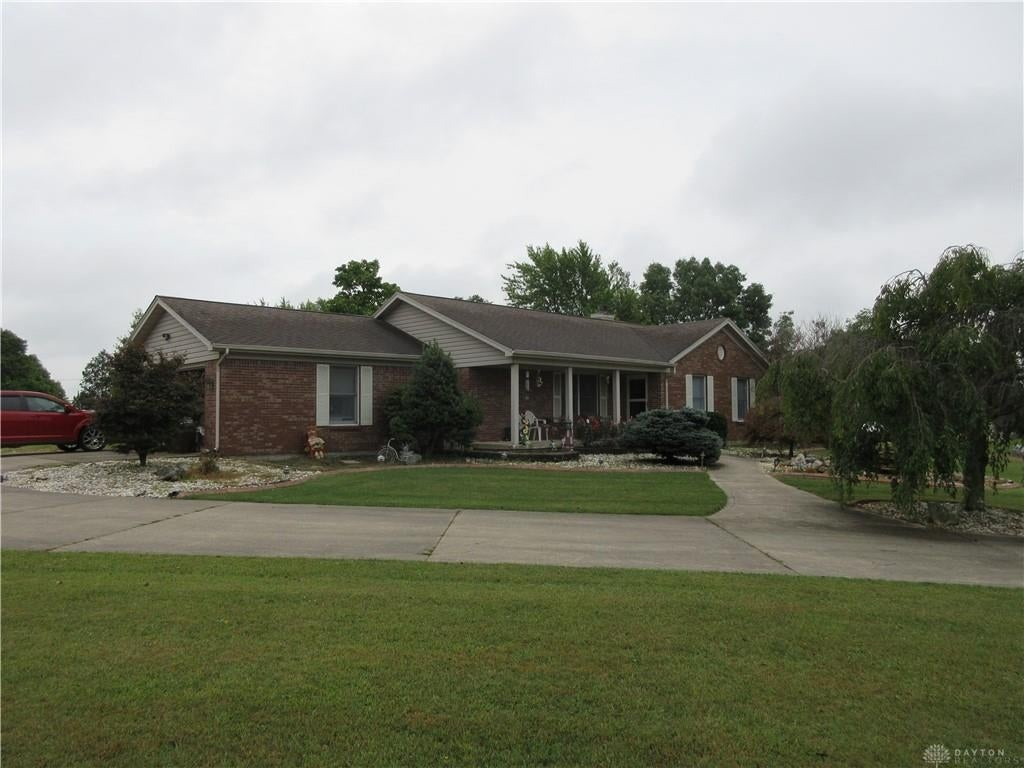 1782 SqFt House In Scenic Heights