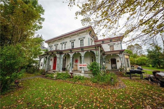 2-Story House In Fairfield