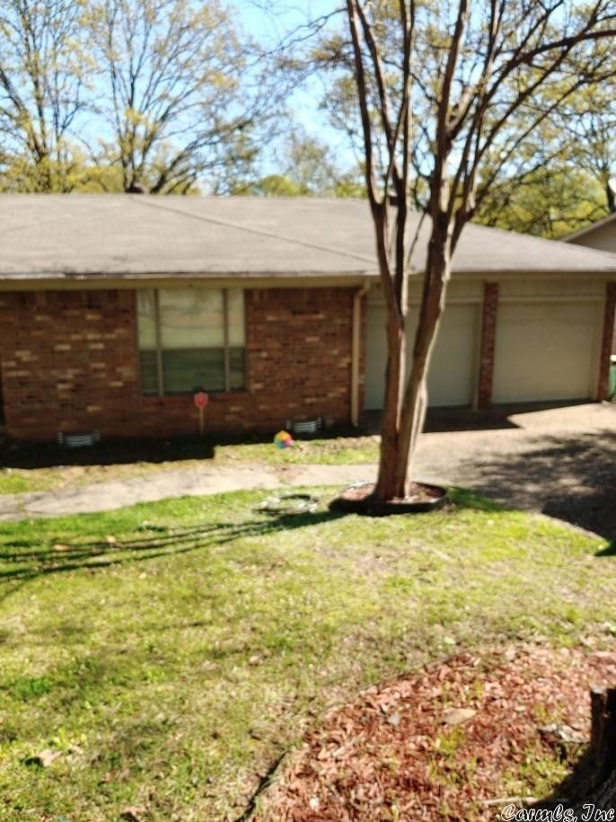Renovated 4-Bedroom House In Indian Hills