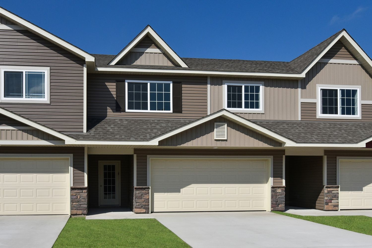 Ready To Build Home In Carlisle Village Community