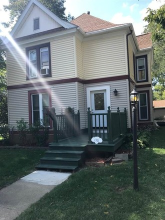 Updated 5-Bedroom House In Clay Park