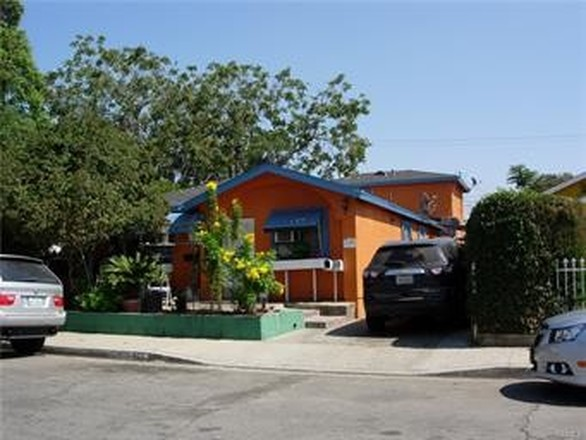 Multi-Family Home In East Los Angeles