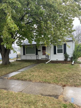 2-Bedroom House In Hickory Grove