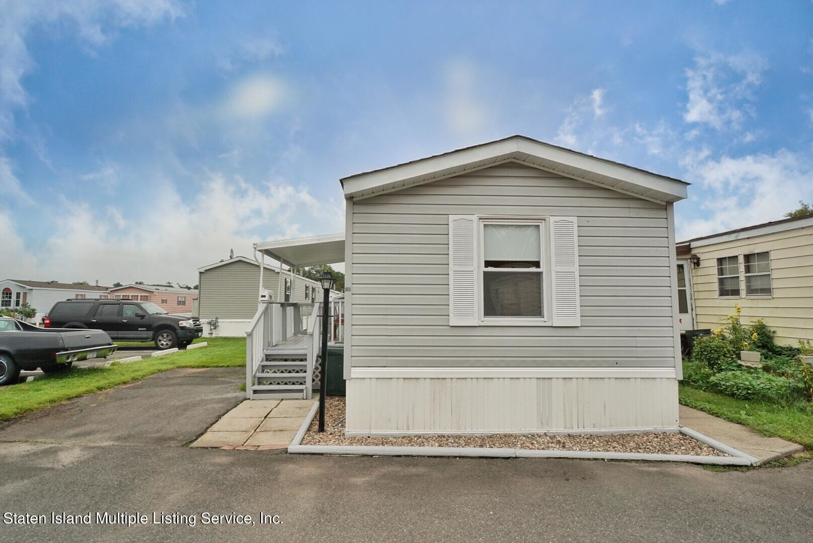 Upgraded 2-Bedroom House In Staten Island