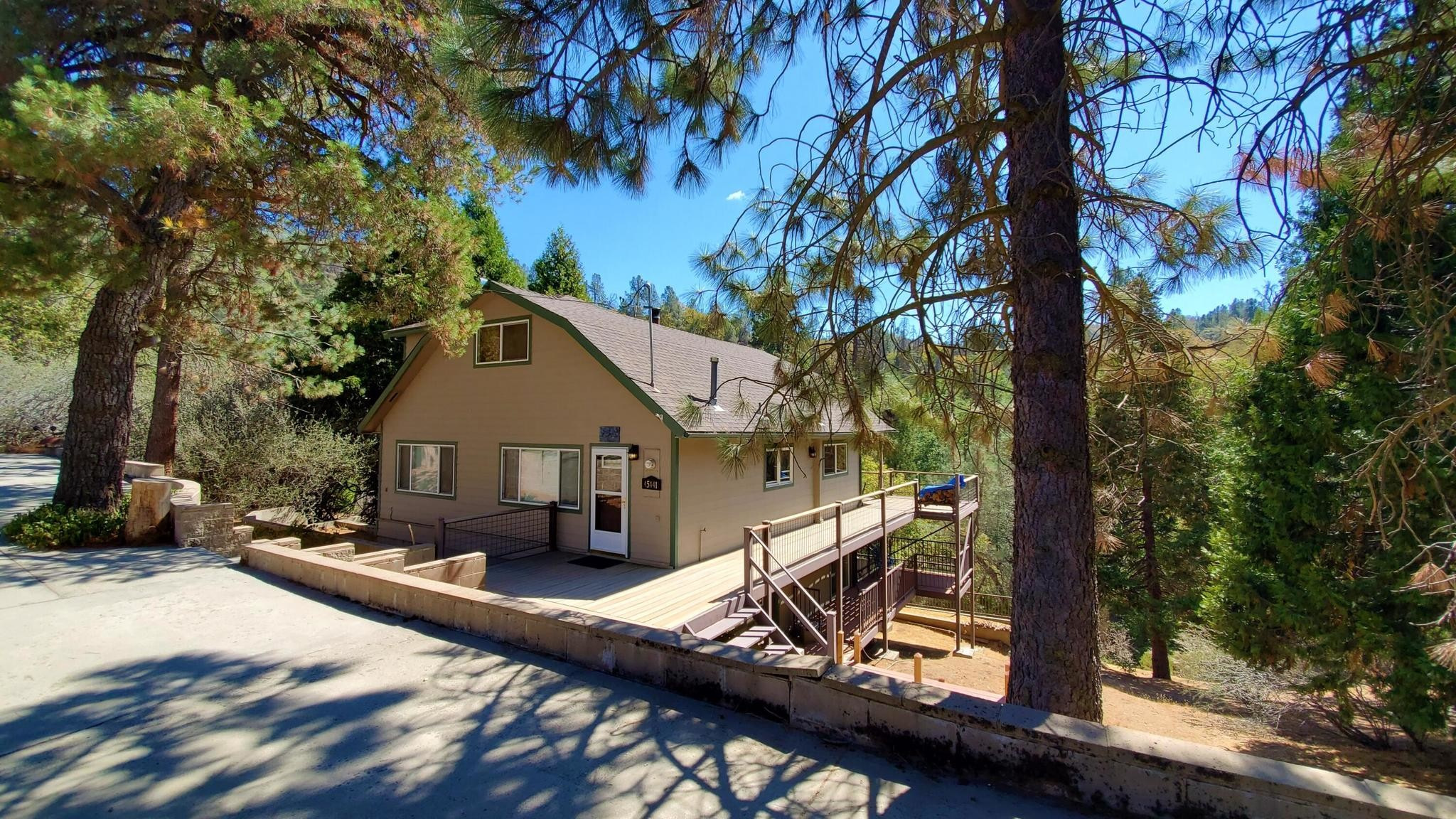 Updated 3-Bedroom House In California Hot Spgs