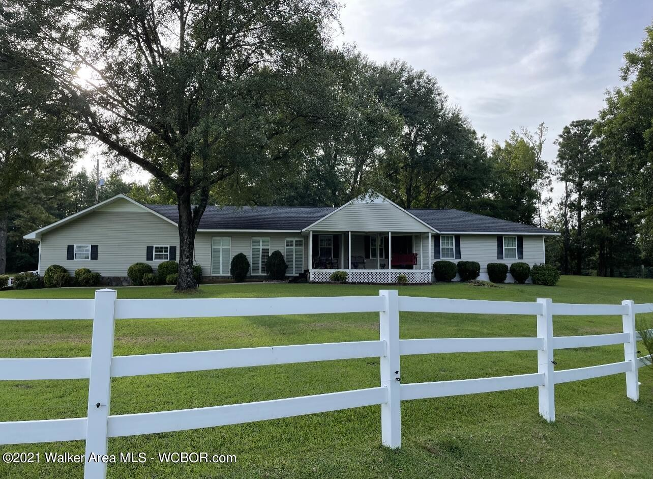 Updated 3-Bedroom House In Parrish