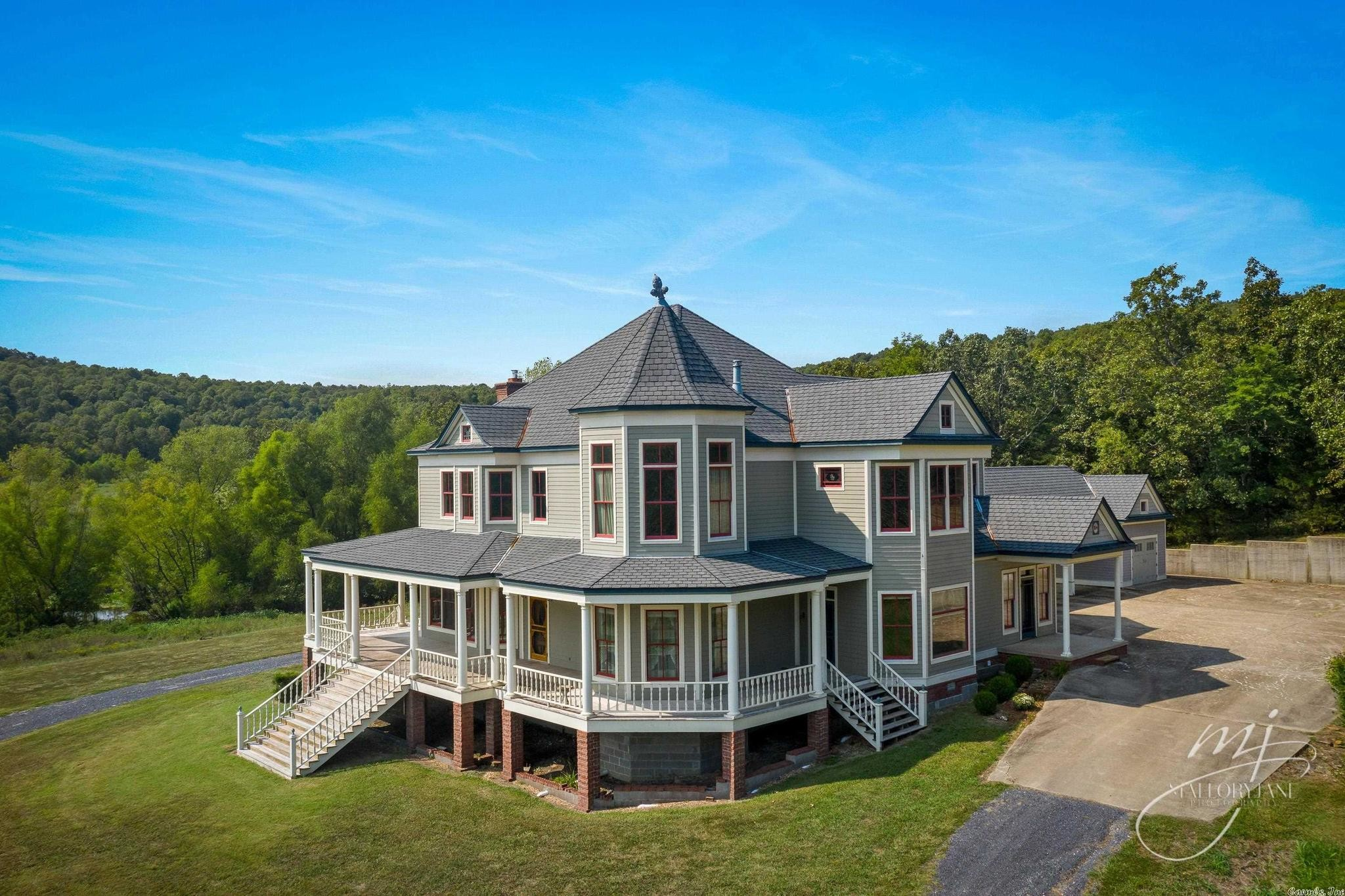4-Bedroom House In Marshall