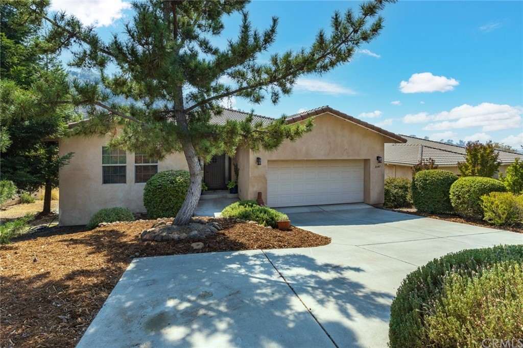 Upgraded 3-Bedroom House In Canyon Oaks