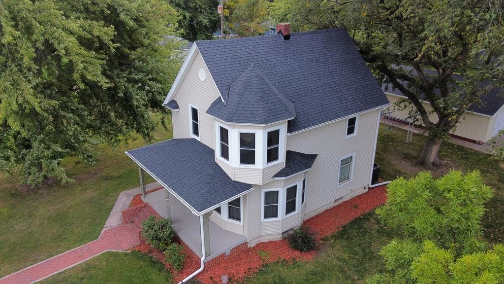 Updated 3-Bedroom House In Shelton