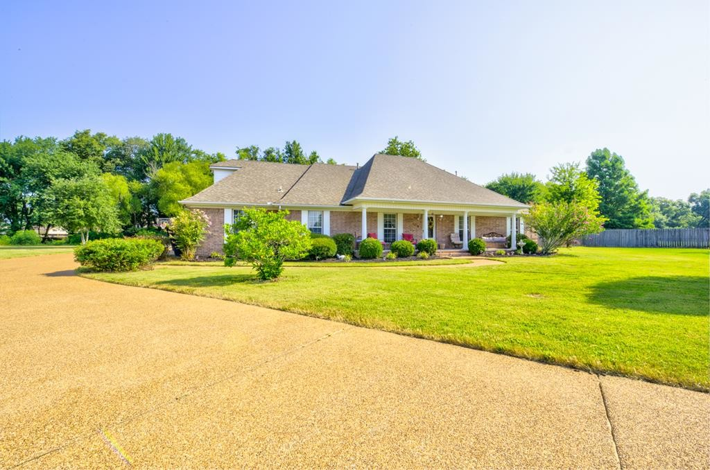 House In River Trace