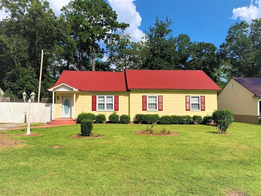 House In Moultrie