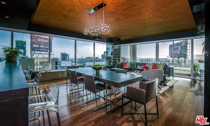 1860 SqFt Penthouse In Hollywood