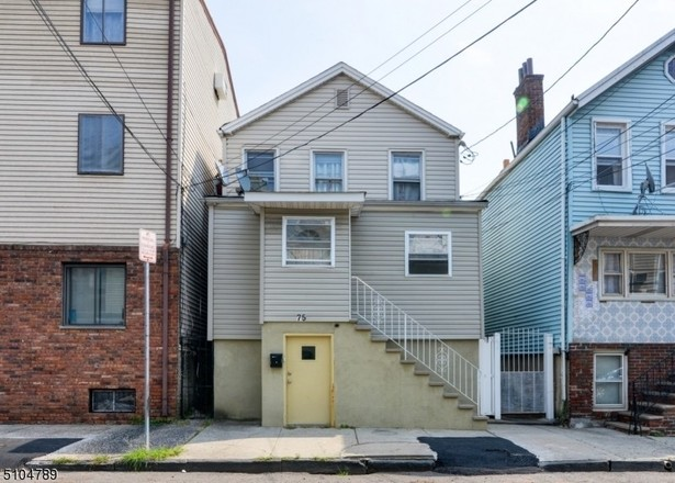 Multi-Family Home In North Ironbound