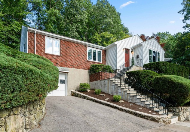 House In South Brookline