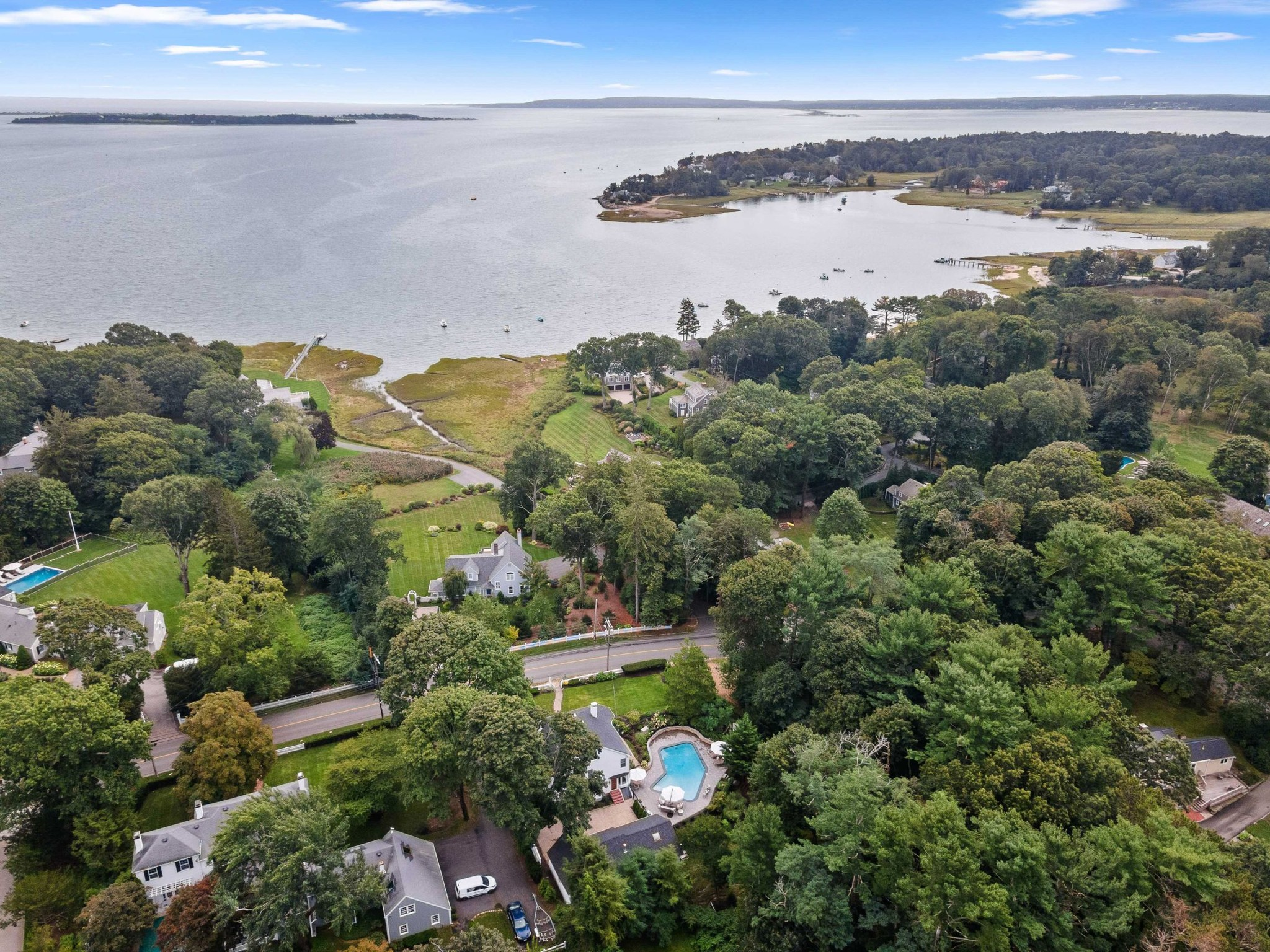 Updated 4-Bedroom House In South Duxbury