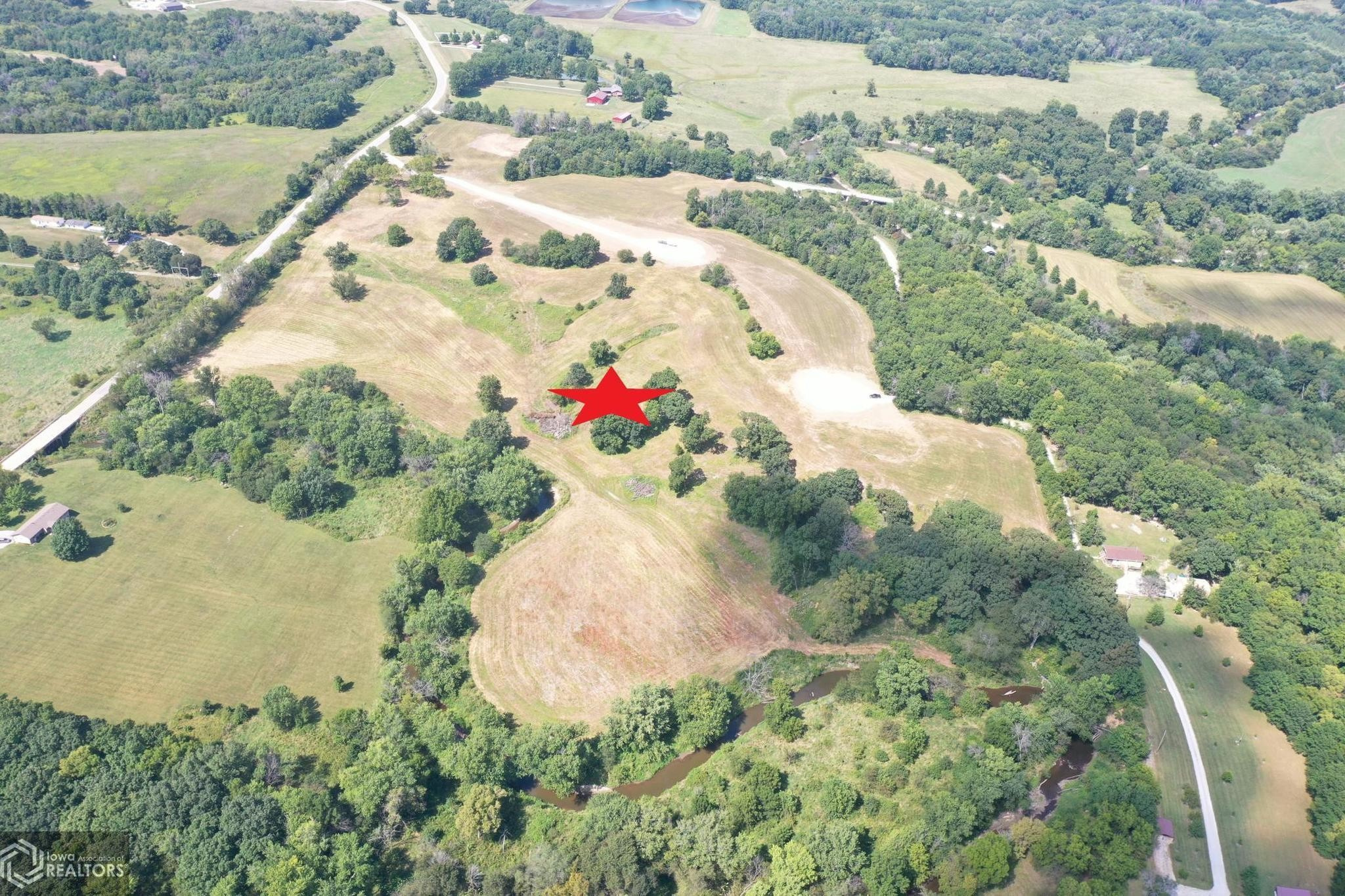 Lot In Centerville