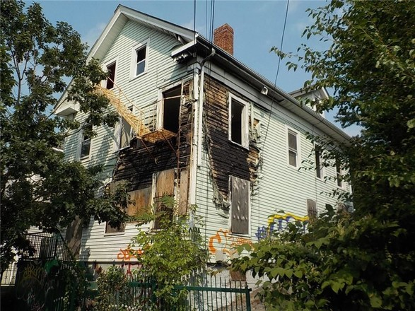 Multi-Family Home In West End Providence