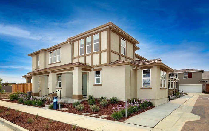 Move In Ready New Home In Single-Family Collection at Chandler Community