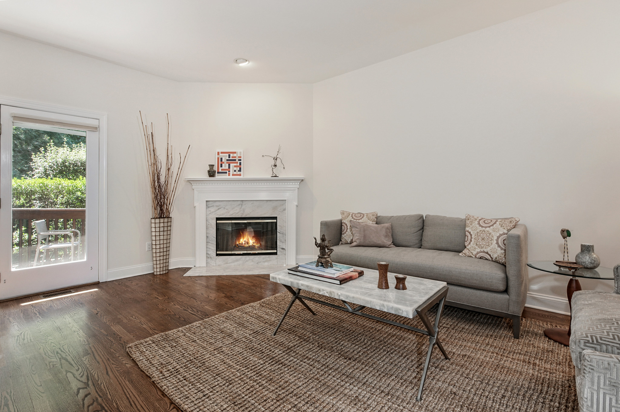 Private Condo With Fireplace