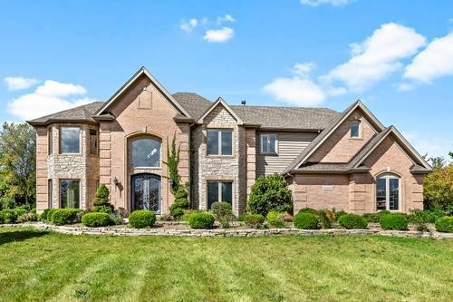 4000 SqFt House In Brookhaven
