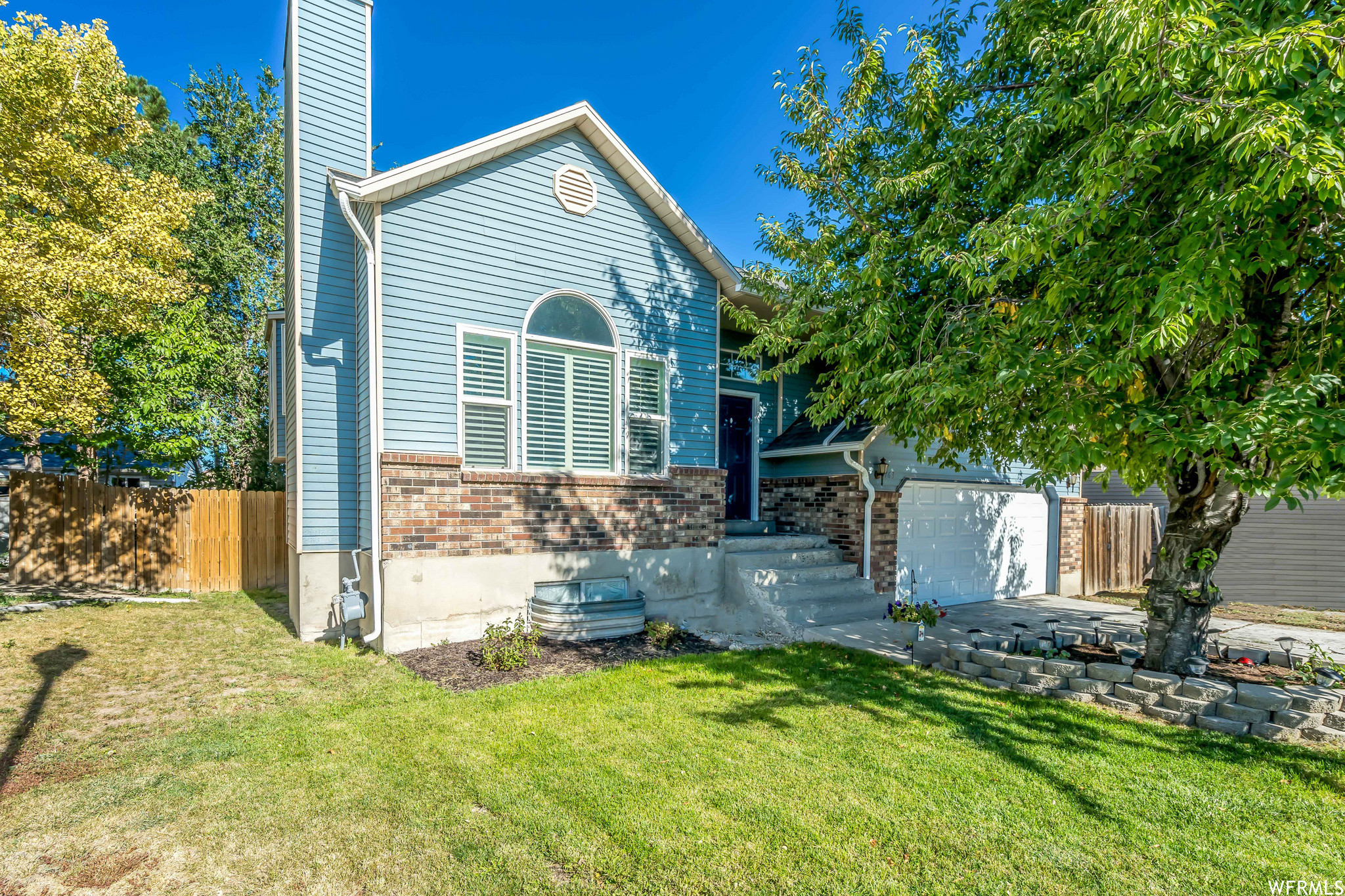 Updated 5-Bedroom House In Oquirrh Shadows