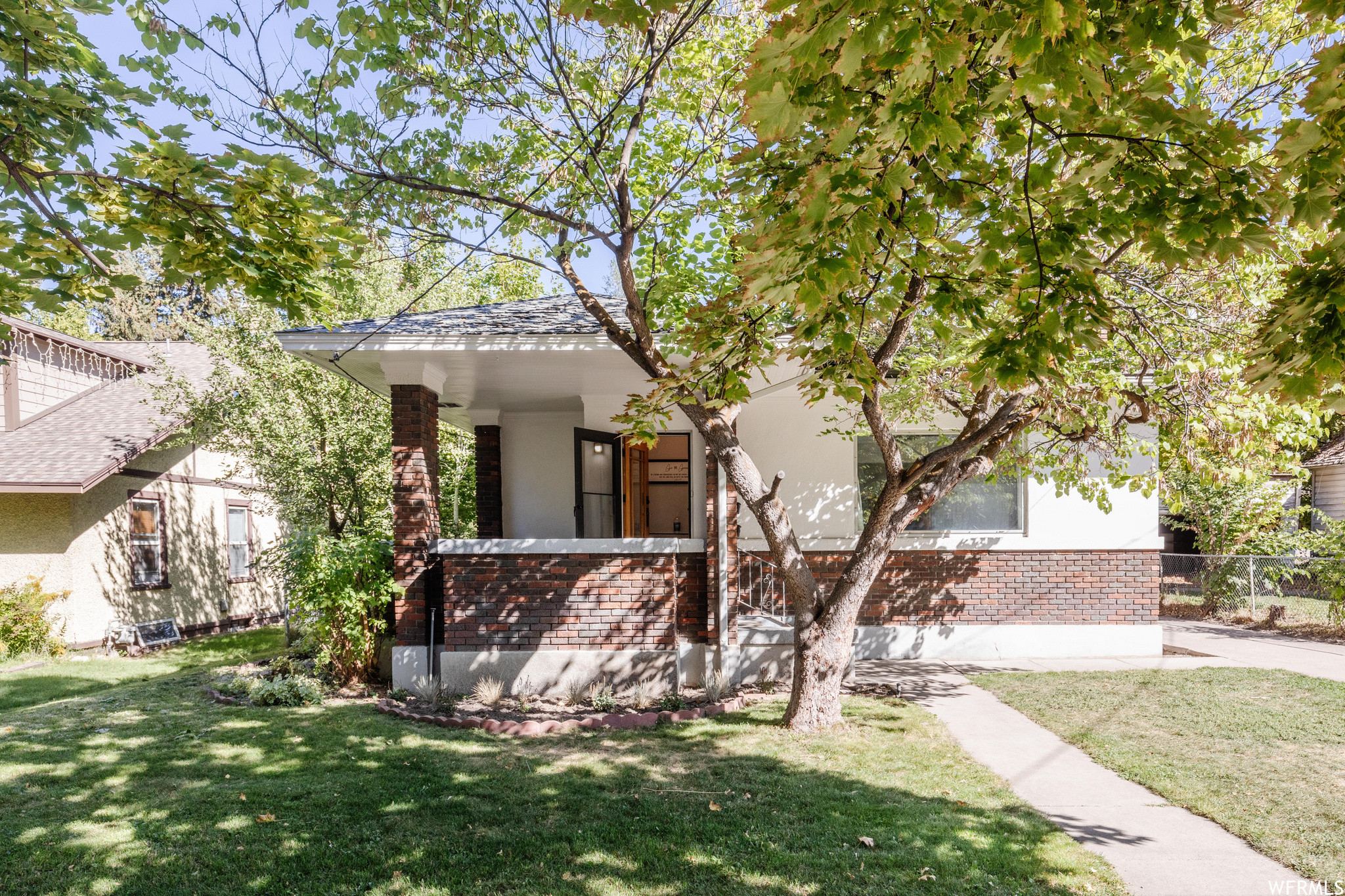 3-Bedroom House In Downtown Logan