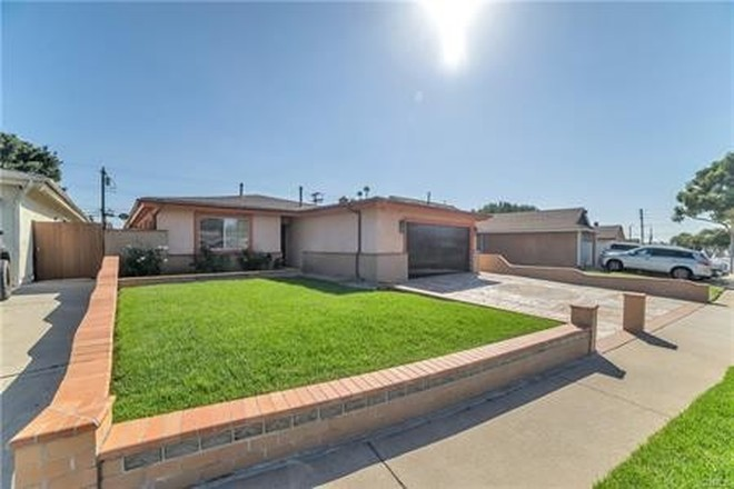 Remodeled 4-Bedroom House In North Carson