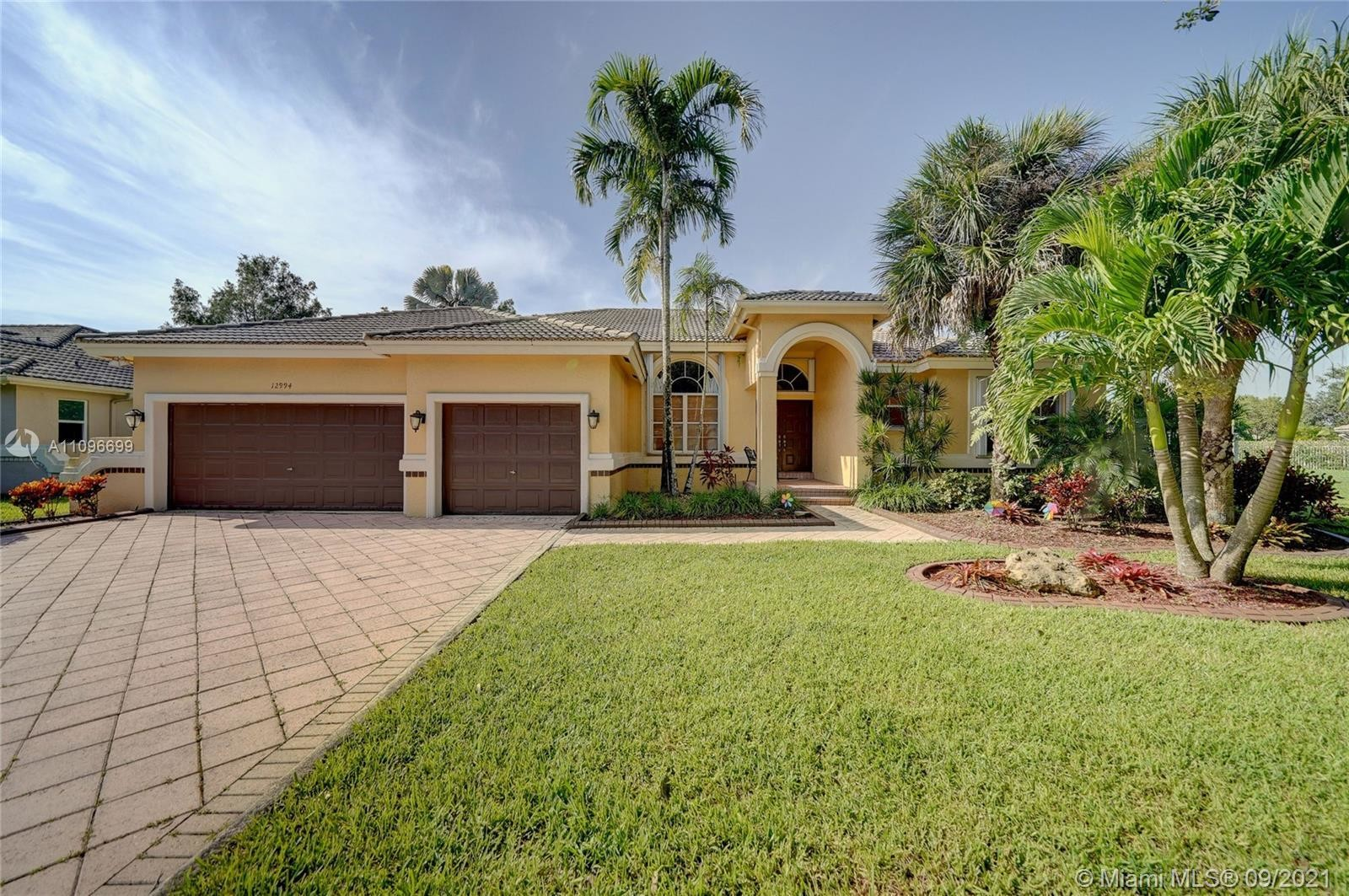 1-Story House In Cooper City