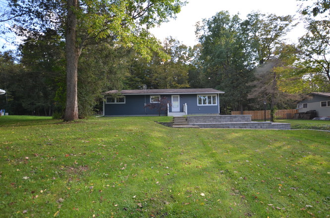 Refinished 3-Bedroom House In Clinton