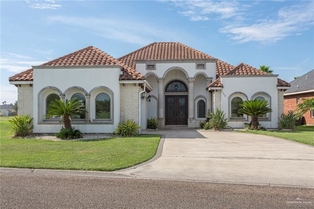 4-Bedroom House In Plantation South