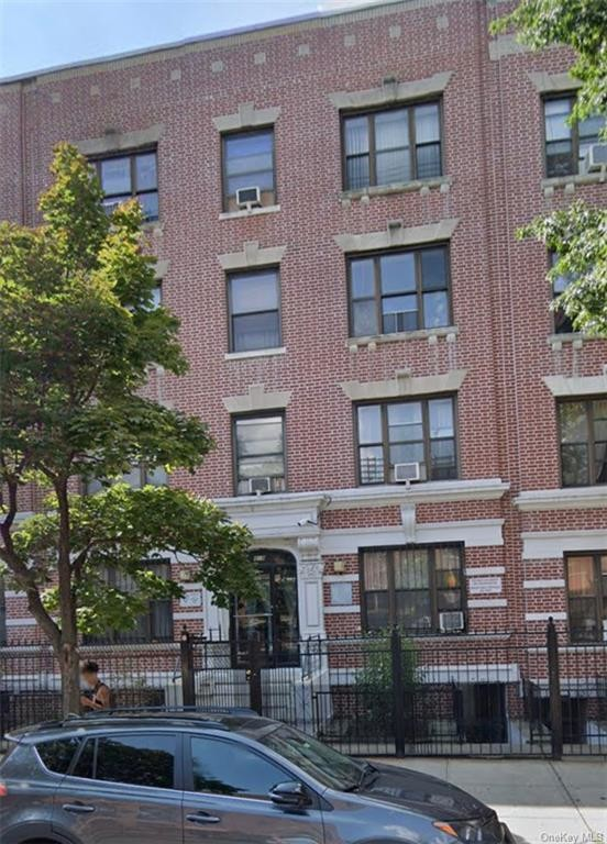 House In Bronx