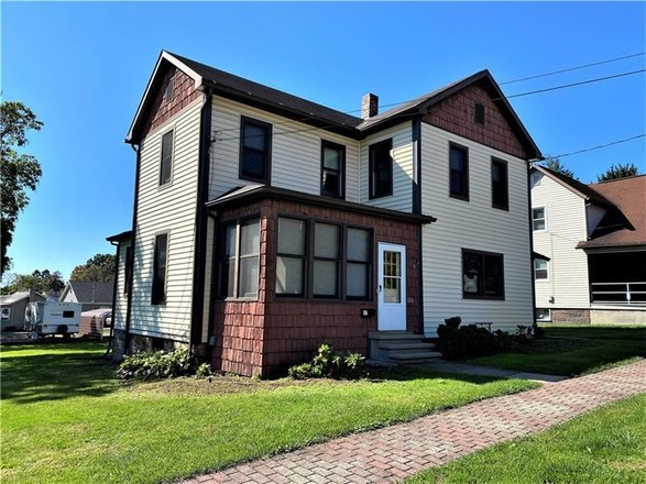 4-Bedroom House In Indiana Boro - Ind