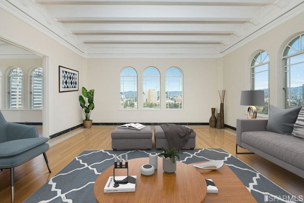 Upscale 3-Bedroom Condo In Downtown Oakland