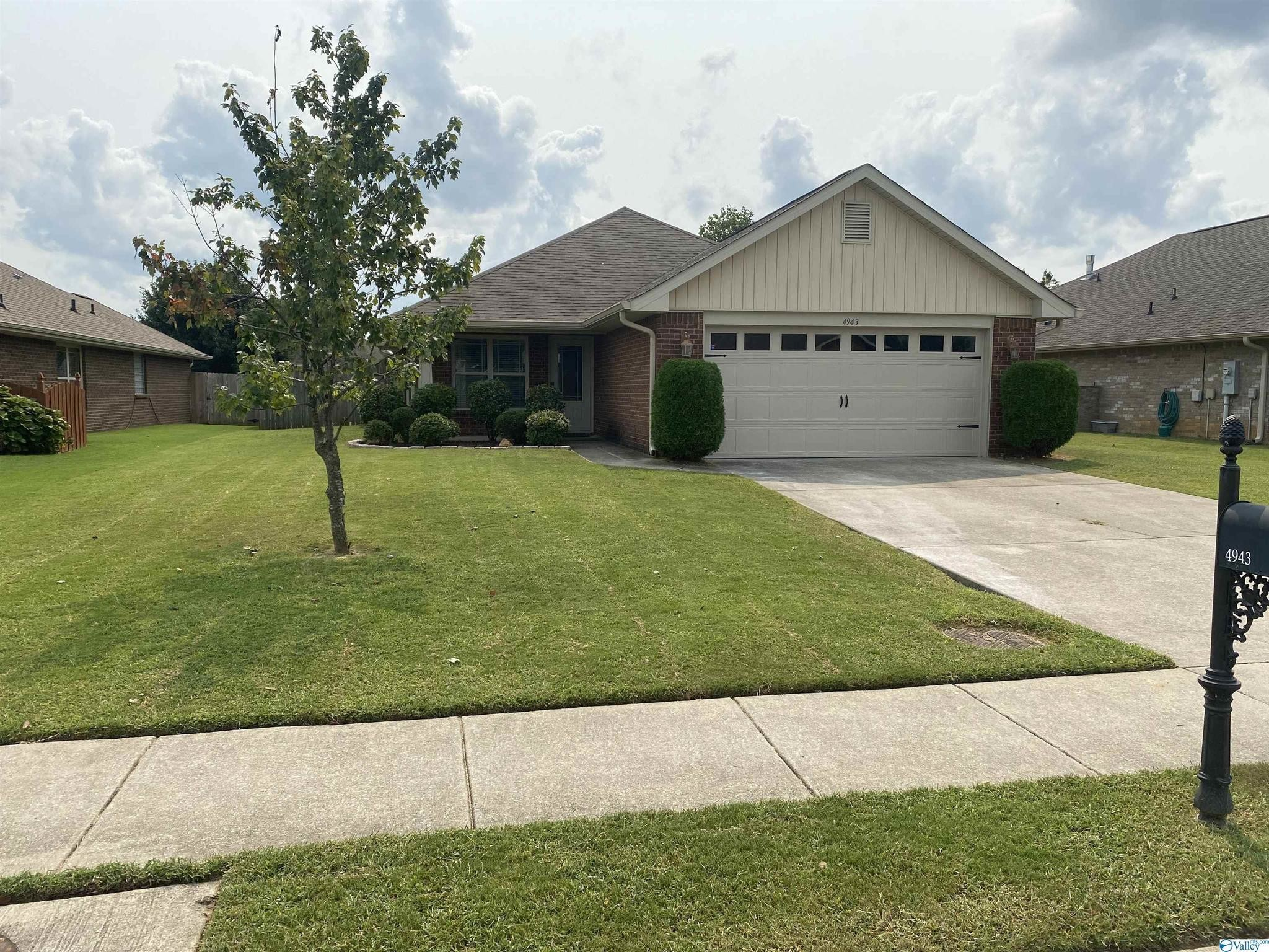 Updated 3-Bedroom House In Carrington