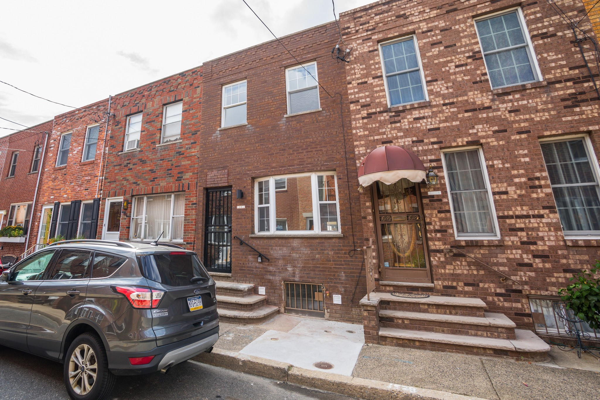 Refinished 2-Bedroom Townhouse In Passyunk Square