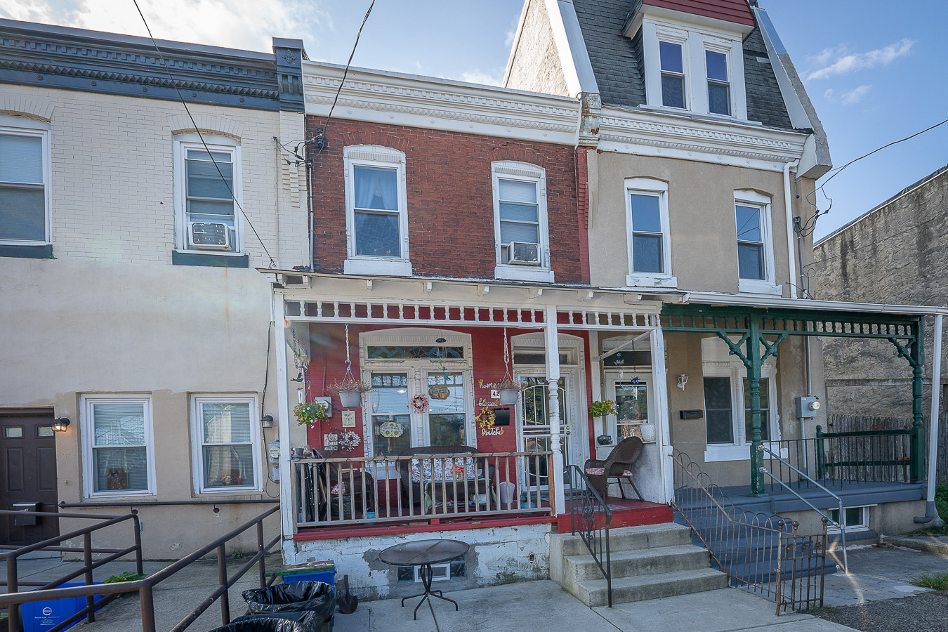 Renovated 3-Bedroom House In Belmont