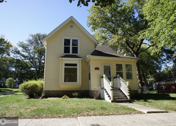 Multi-Family Home In Webster City