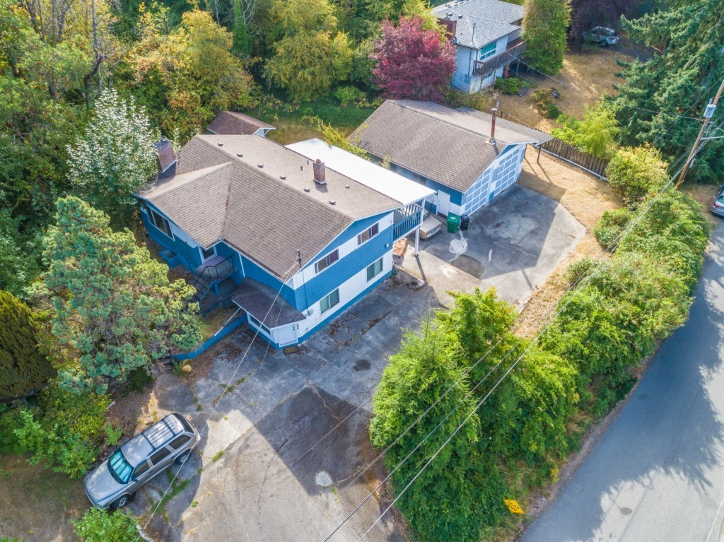 2-Story House In Riverview