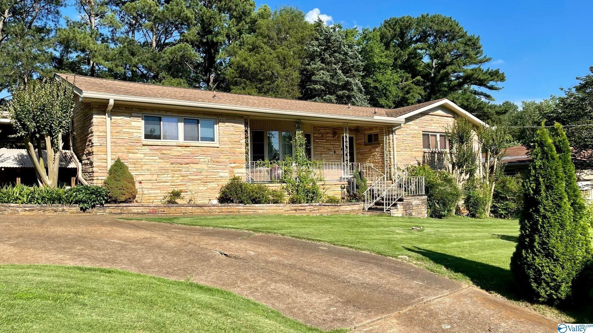 4-Bedroom House In McThornmor Acres