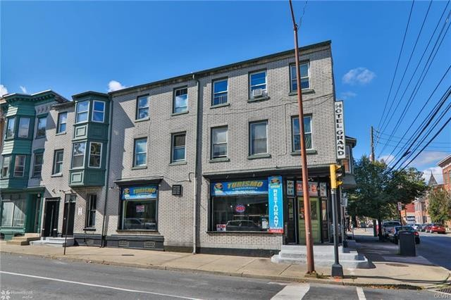 3-Story Multi-Family Home In Allentown