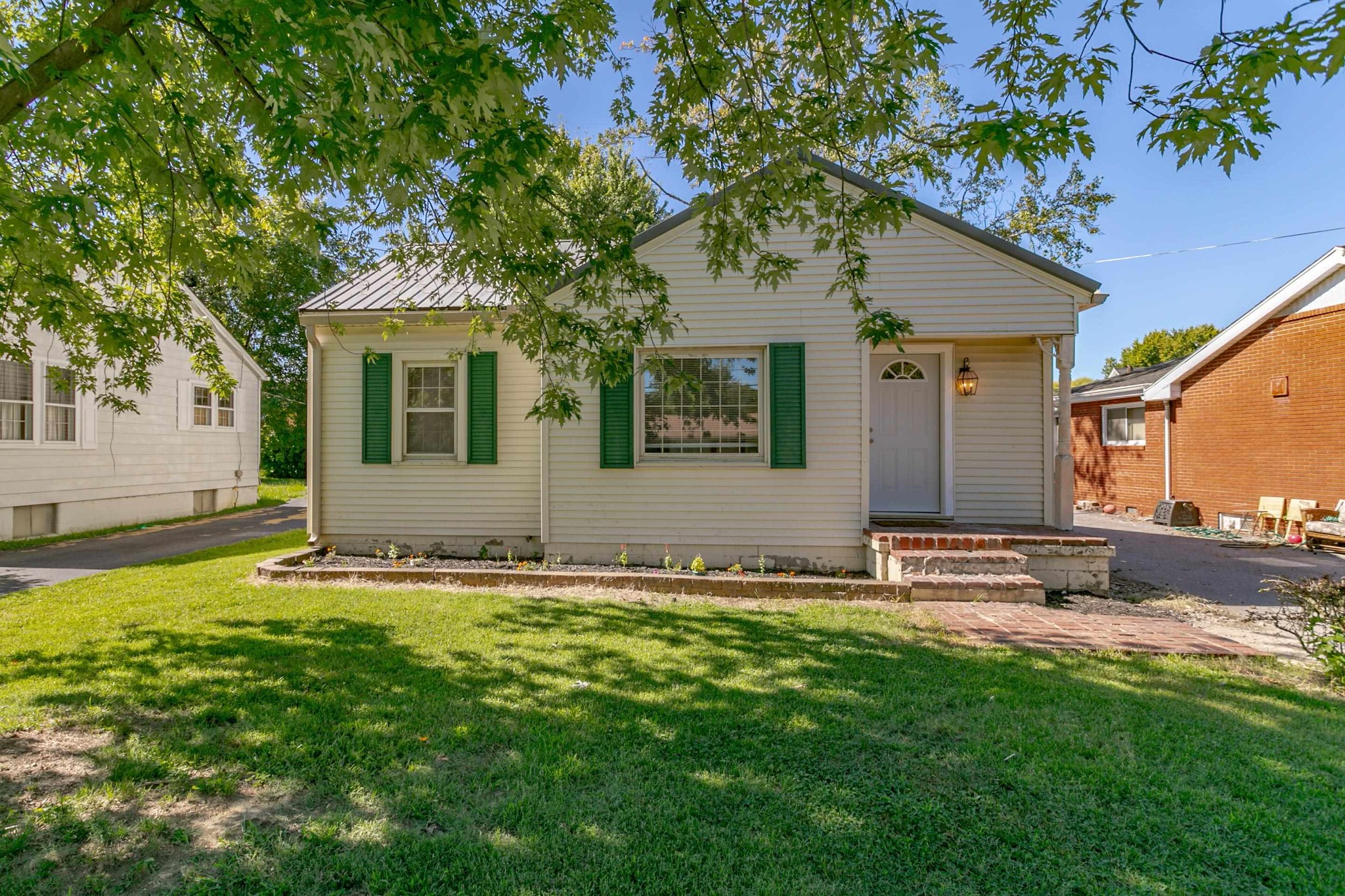 3-Bedroom House In Henderson North End