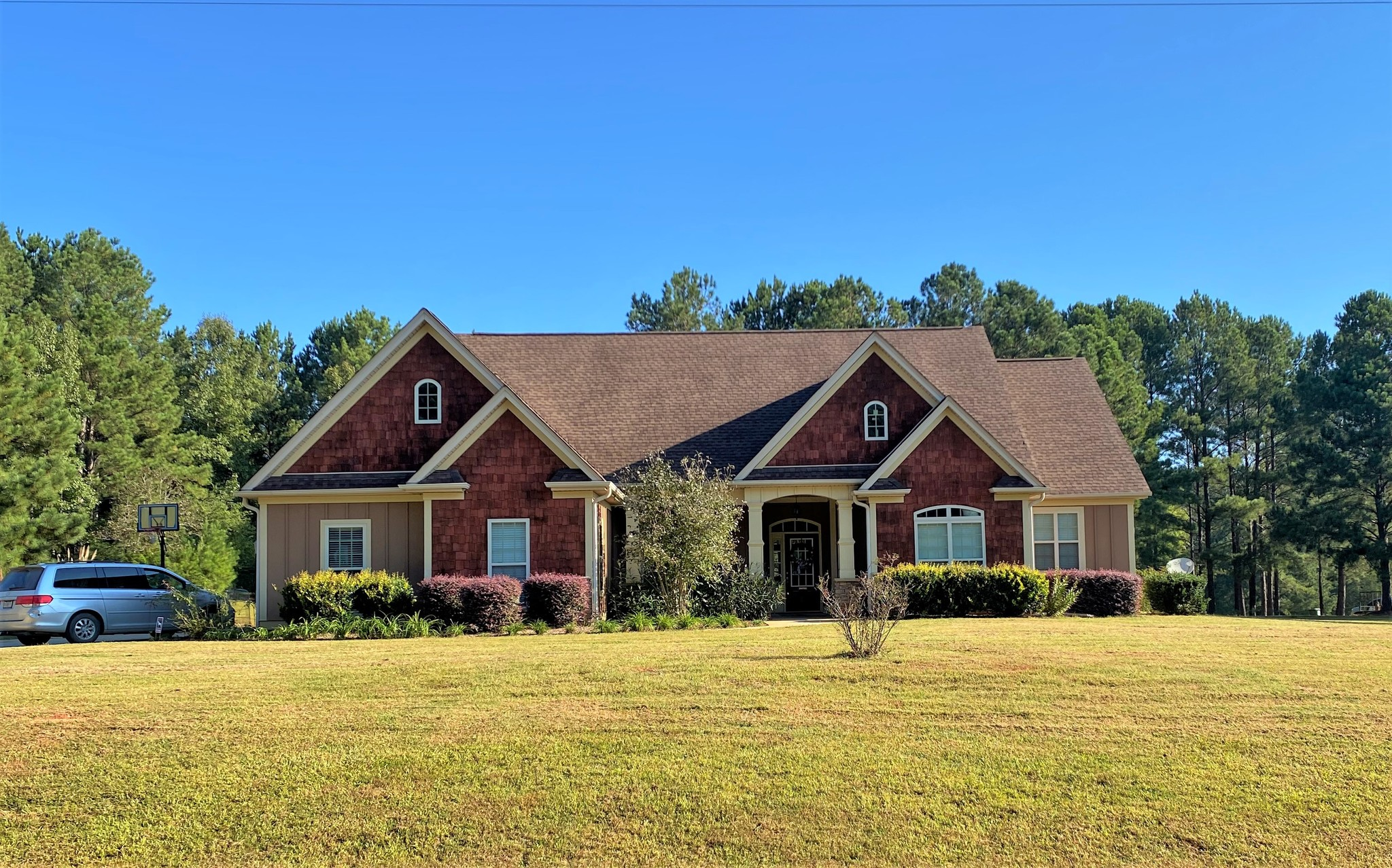 4-Bedroom House In Ranchland