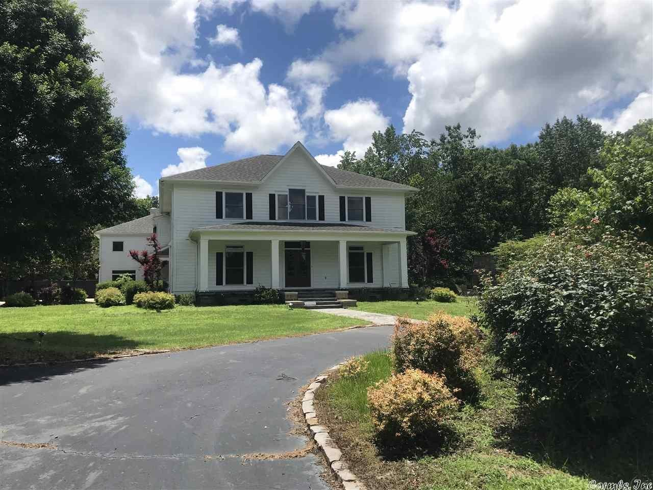 Stately 3-Bedroom House In Mount Ida
