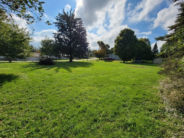 Lot In Hillcrest