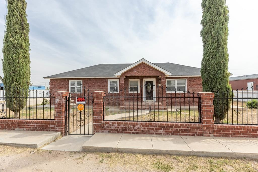 3-Bedroom House In Western Sunset
