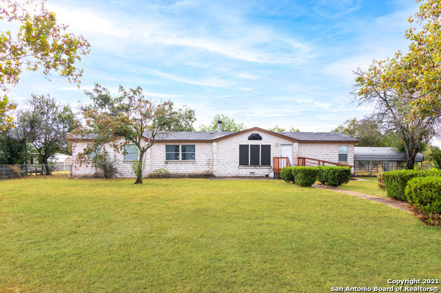 4-Bedroom Mobile Home In Lytle